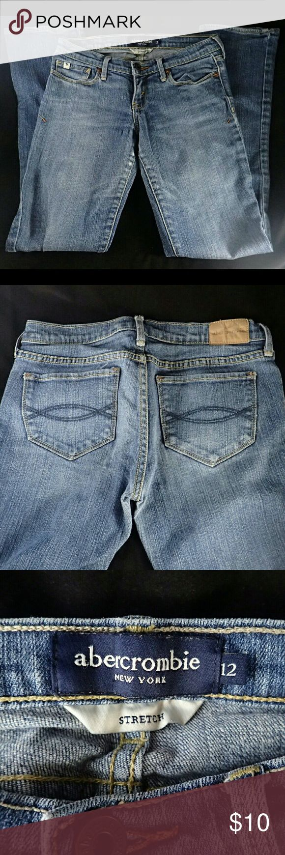 Abercrombie Kids Girls Jeans 12 ℹ️ Worn many times, no damage.  👍 Smoke-free, pet-free household.   🚫 No trades/swaps!  🚫 No holds!  🚫 No low-balling!  🚫 No PayPal!   ✔ Reasonable offers welcomed! Please use the offer button so I know you are serious about the item! I will not respond to price negotiations via comments.  ✔ I love bundling! Not only will you get ONE shipping fee, I will also discount your combined total! Please ask me in the comments!  😜 Happy poshing! 😜 Abercombie…