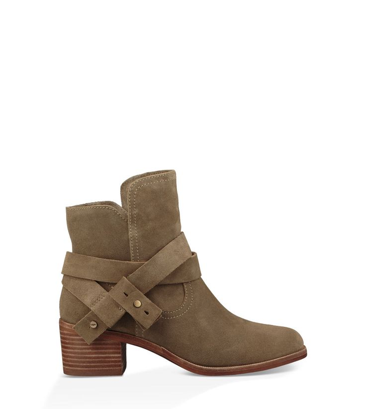 Original UGG® Elora Casual Boots for Women on the official UGG® website. Free standard delivery & returns.