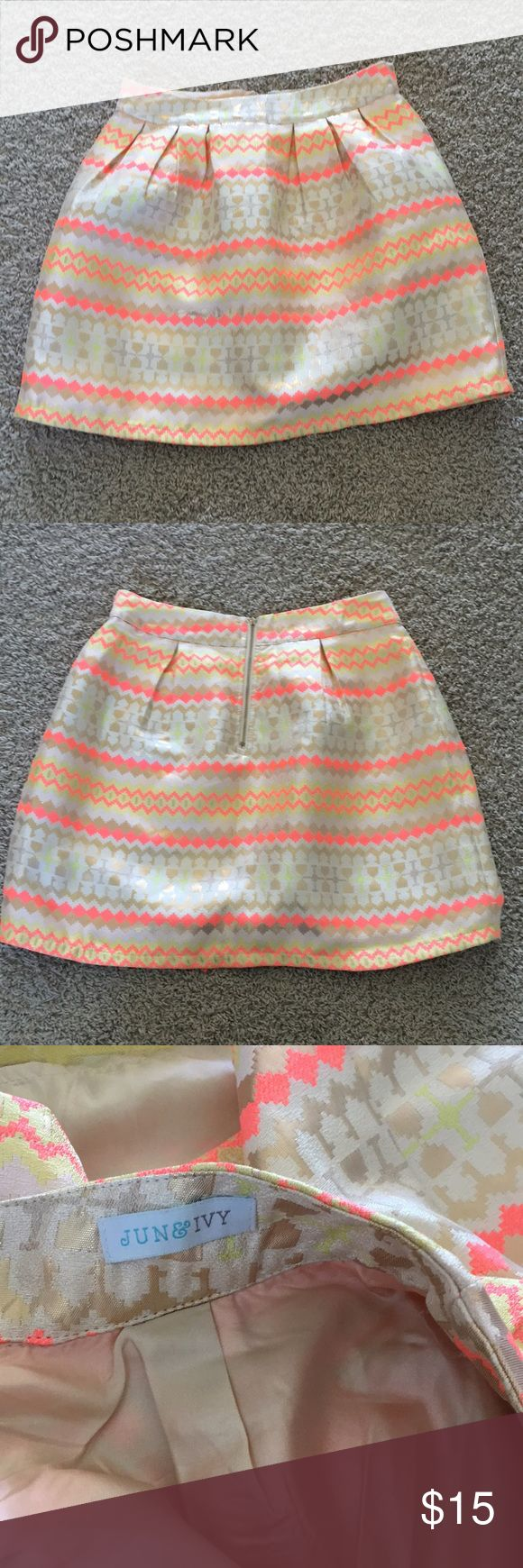 Francesca's Aztec print skirt Perfect condition and super cute! Makes a statement with the beautiful bright colors! Size medium and purchased from Francesca's Collections! Francesca's Collections Skirts