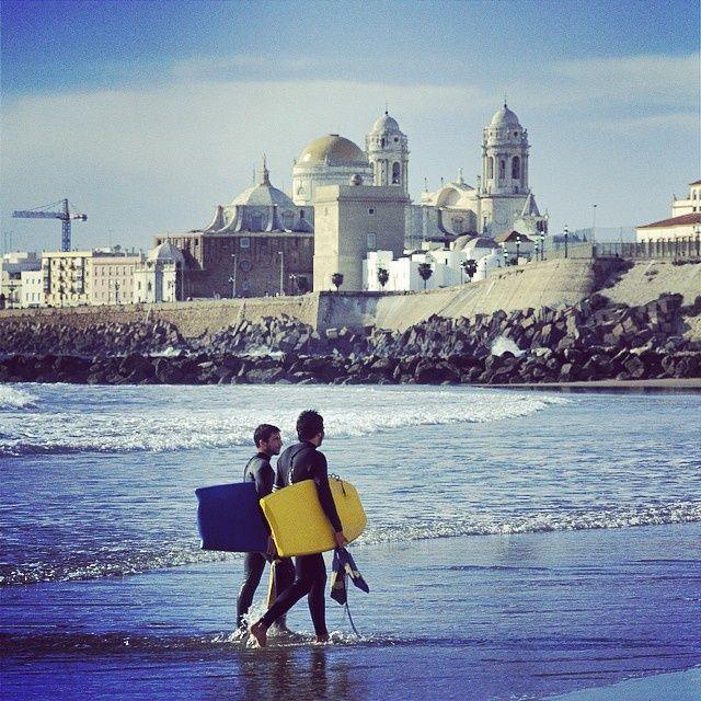 Playa de Santa María en Cádiz. Beach in Cádiz. Andalusia. #surf