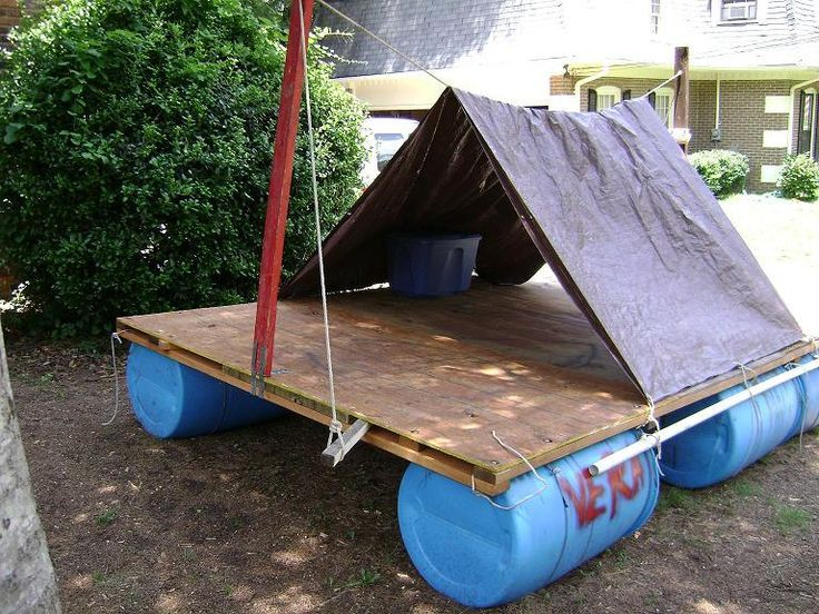 17 best images about homemade raft on pinterest homemade for Pallet boat plans
