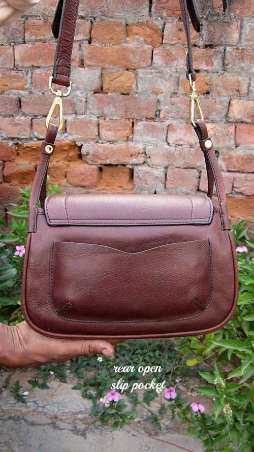 Raisin Gigi, Chiaroscuro, India, Pure Leather, Handbag, Bag, Workshop Made, Leather, Bags, Handmade, Artisanal, Leather Work, Leather Workshop, Fashion, Women's Fashion, Women's Accessories, Accessories, Handcrafted, Made In India, Chiaroscuro Bags - 4