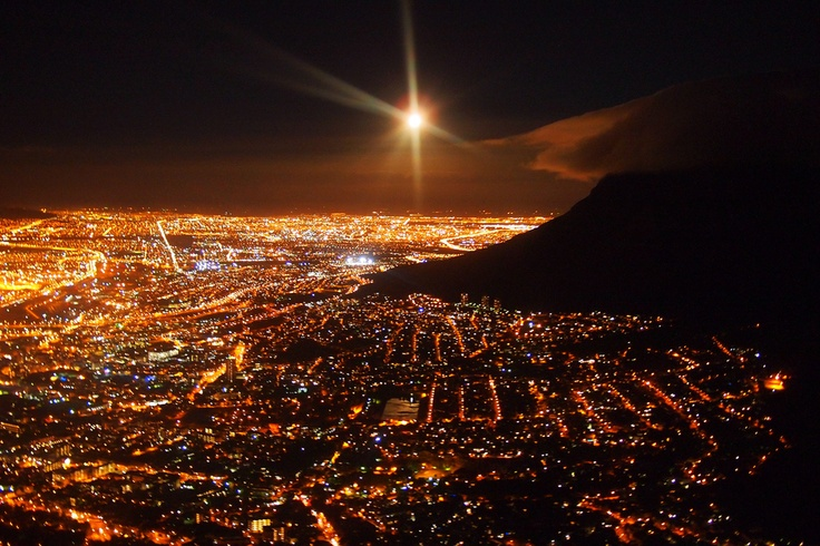 Next time I am in Cape Town I will be heading up to this location over the city for an evening timelapse