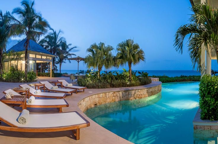 Long Bay Bliss is een prachtige 7 slaapkamer landgoed en biedt zijn gasten een uitstekende accommodatie, een afgelegen Caribische retraite