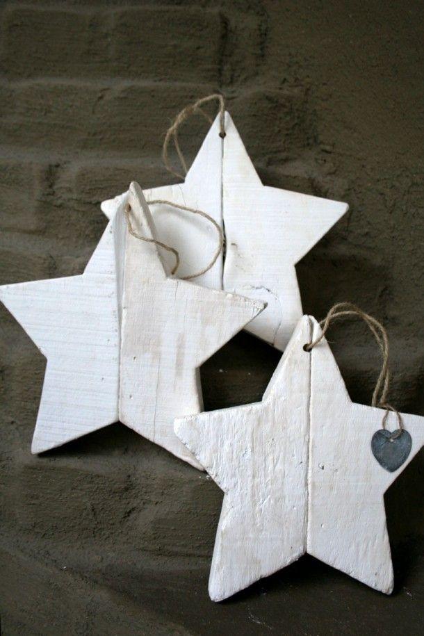 Witte ster van hout, met de hand gemaakt. Door jol1965