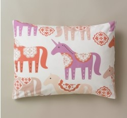 never been a fan of pink or purple, but i think i could get on board with this via dwellstudio.com: Kids Beds, Pillow Shams, Unicorns Pillows, Dwellstudio Kids, Unicorns Peonies, Beds Unicorns, Pillows Shams, Standards Shams, Kids Rooms