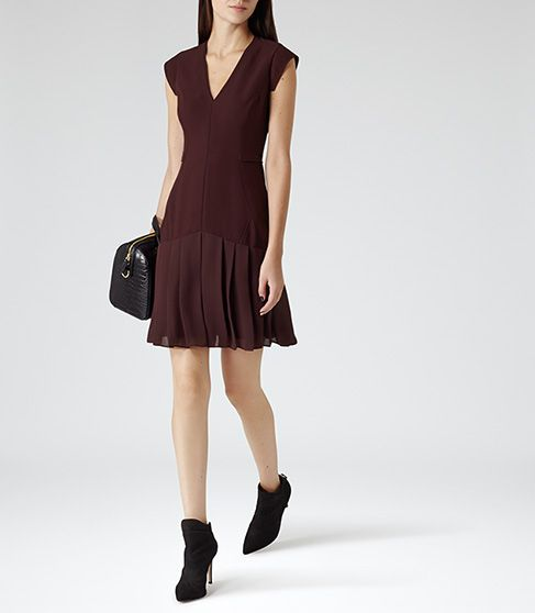 Dara Damson Fitted Pleat Dress - REISS