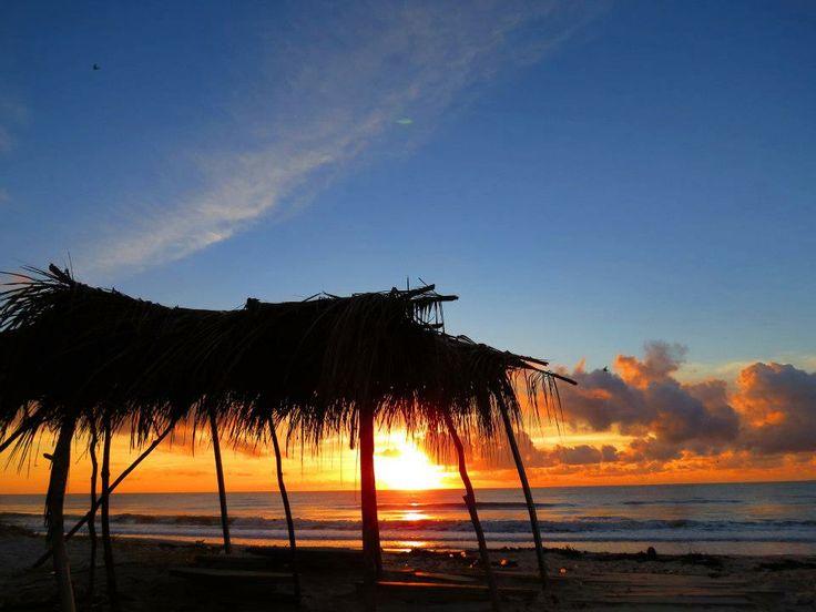 Olha só que lindo por do sol na praia de Guaibim