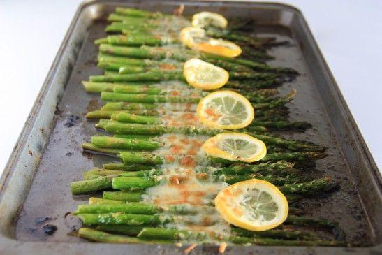 Asparagus with Lemon, Butter & Parmesan: Lemon Butter, Asparagus Recipes Lemon, Baking Zucchini & Asparagus, Asparagus Baking, Baking Asparagus, Asparagus Lemon Parmesan, Butter Parmesan9, Mediterranean Recipes, Healthy Breakfast Recipes