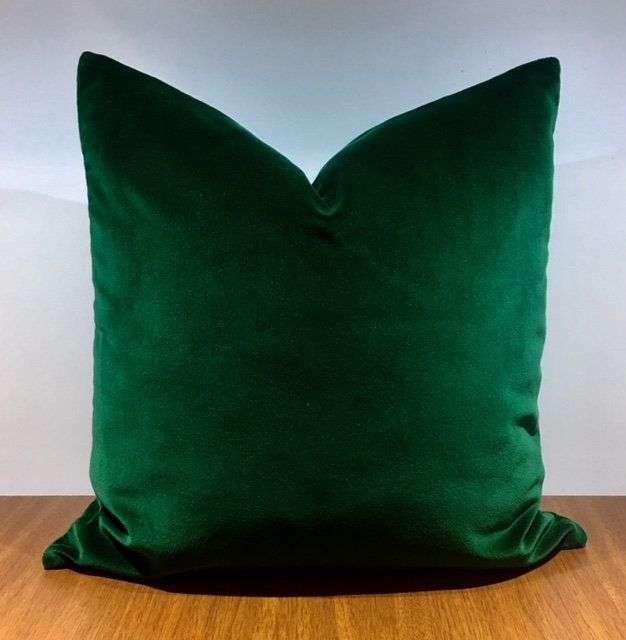 Luxury Dark Emerald Green Velvet Pillow Cover Velvet Pillows Green Pillow Decorative Pillow Velvet Cushion Cover Green Velvet Pillow Covers Green Velvet Pillow Green Velvet Fabric Velvet Cushions