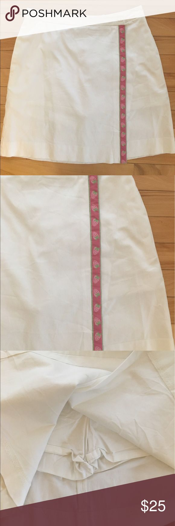 Lilly Pulitzer White Cotton Skort Strawberry Trim Adorable. Higher waist. Stretch cotton. Faint mark on inside of top flat of wrap around skirt. Back zipper and Button. Lilly Pulitzer Shorts Skorts
