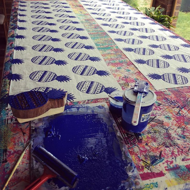 Pineapple printing a while back in my alfresco studio set up on a lovely summers day, handblock printed & designed in Melbourne! #pineapples#homewares#indigo#tropicalprint#coastal#coastalstyle#blockprinting#textiledesign#teatowels#cushions#interiordesign#interiorstyling#interiors#shakiraaz#australianmade#localdesign#madeinmelbourne#handprinting#beachy
