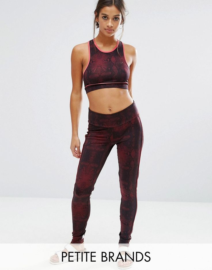 Get this Noisy May Petite's basic leggings now! Click for more details. Worldwide shipping. Noisy May Petite Kicks Back Snake Print Gym Legging - Red: Petite leggings by Noisy May Petite, Smooth stretch fabric, High-rise waist, Elasticated waistband, Print to back, Close-cut bodycon fit, Machine wash, 92% Polyester, 8% Elastane, Our model wears a UK XS/EU XS/US XXS. The younger and louder sibling of Danish brand Vero Moda, Noisy May is your go-to label for fashion-forward denim. Their petite…
