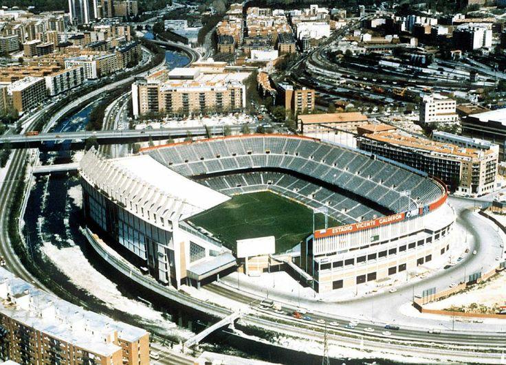 Estadio Vicente Calderon (inicios 1980's).