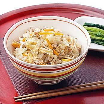 かやくご飯 | 藤野嘉子さんのごはんの料理レシピ | プロの簡単料理レシピはレタスクラブニュース
