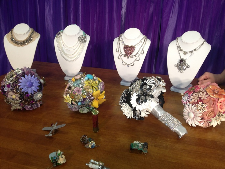 See necklaces, brooch bouquets, and boutonnieres from The Ritzy Rose from Columbus, Ohio . See this segment will air Sunday, February 24th at 9:30am & 9:30pm on RTV32 or Time Warner Cable 22 or 997.