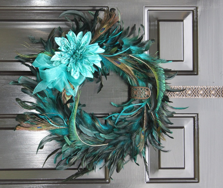 29 best images about peacock home floral decor on pinterest paint samples wall sconces and - Peacock feather decorations home decor ...
