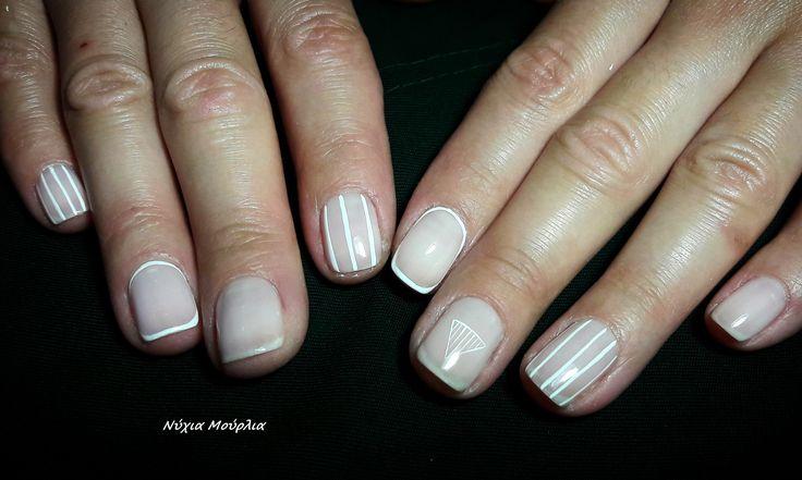 nailart~handmadenails~lines nails~minimal nails~white nails