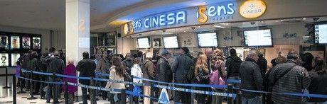 La guerra de las entradas. La decisión unilateral de las cadenas Yelmo y Cinesa de bajar el precio de los tíquets del cine irrita al sector