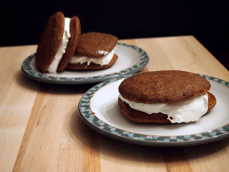 Pumpkin Whoopie Pies with Marshmallow Filling | Recipe
