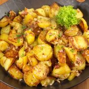 Rundvleescurry met sperziebonen en aardappels