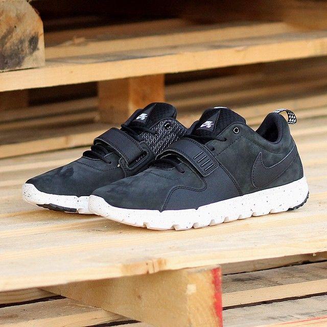 nike air max 1 penny knicks - Nike SB Trainerendor OG: Black nubuck | 7 | Pinterest | Nike SB ...