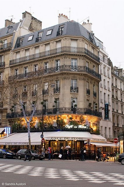 Cafe de Flore - one of the most prestigious coffee shops in Paris. Known for it's famous clientele.