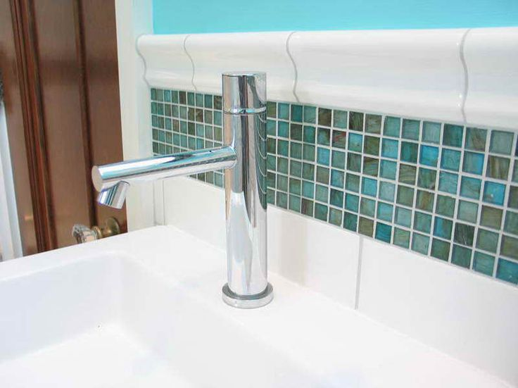 Quality Benton Faucets from Moen : Quality Faucets Of Moen Benton Faucet With Nice Tiles ~ http://modtopiastudio.com/quality-benton-faucets-from-moen/
