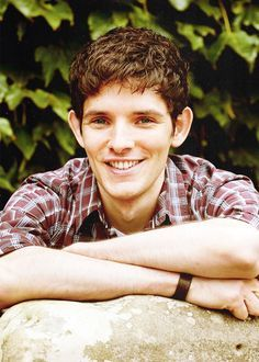 (FC: Colin Morgan; para) Hello, I'm Merlin, but my friends call me Mer. I'm 19, and I have the ability to heal. I'm a very outgoing guy who's part class clown, part sweetheart. However, get on my bad side and you'll regret it. Introduce?