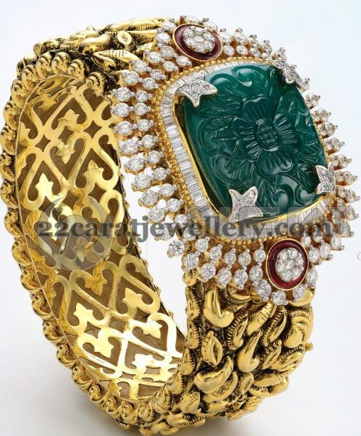 Jewellery Designs: Classy Diamond Gold Broad Kada