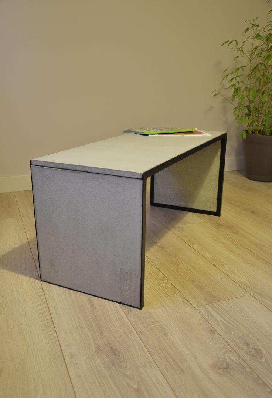 """Table basse """"Simply"""". Comme son nom l'indique cette création se veut simple et élégante. Structure métallique acier, plateau béton fibré. www.m-trend.fr M'trend - Luminaire et mobilier"""
