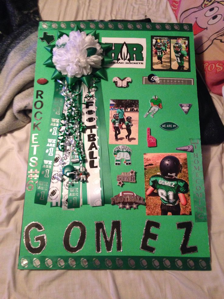 Homecoming poster football and cheerleading crafts for Poster decoration ideas