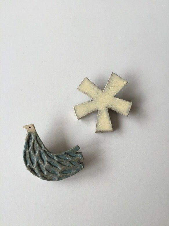 陶器 ブローチ 5つの花びらの花 【大】|ブローチ|ハンドメイド通販・販売のCreema