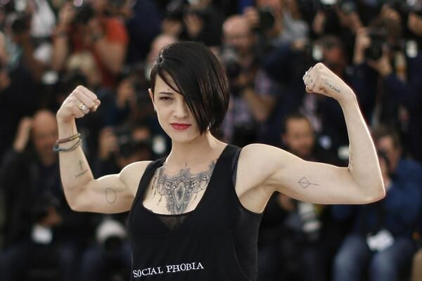 Asia Argento: our personal DIVA, wears Coreterno Social Phobia tank top on the red carpet of Cannes Film Festival. www.coreterno.com