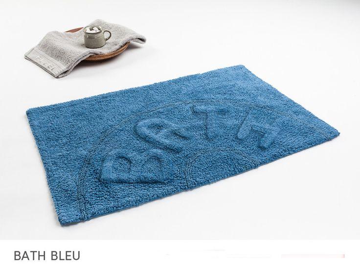 Bawełniana mata niebieska do łazienki z napisem BATH