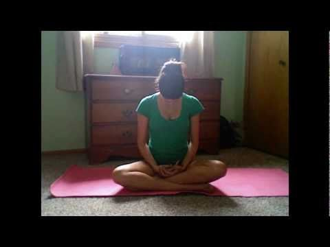 The Essential Vinyasa Yoga Warm Up (5 minutes)       Try this simple yoga warm up to prepare your body for a home practice or workout. Release neck tension and shoulder strain.