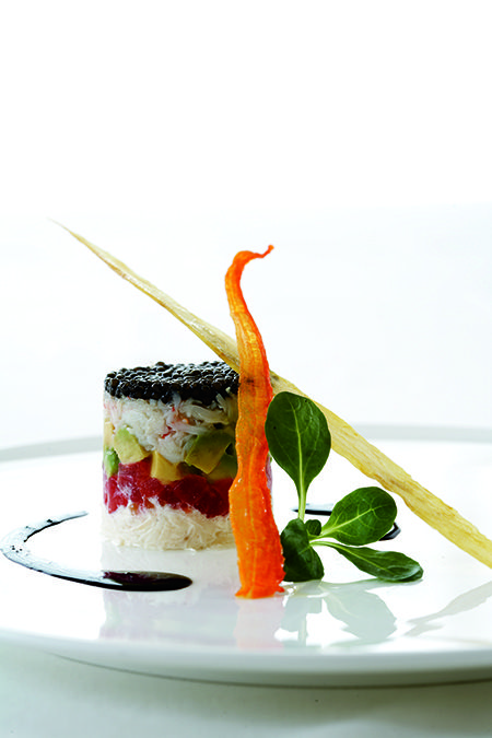 At The Ritz-Carlton, Boston Common our Executive Chef offers this food presentation tip: Use a simple round form food mold to layer the components of your meal and create a stunningly artistic presentation.