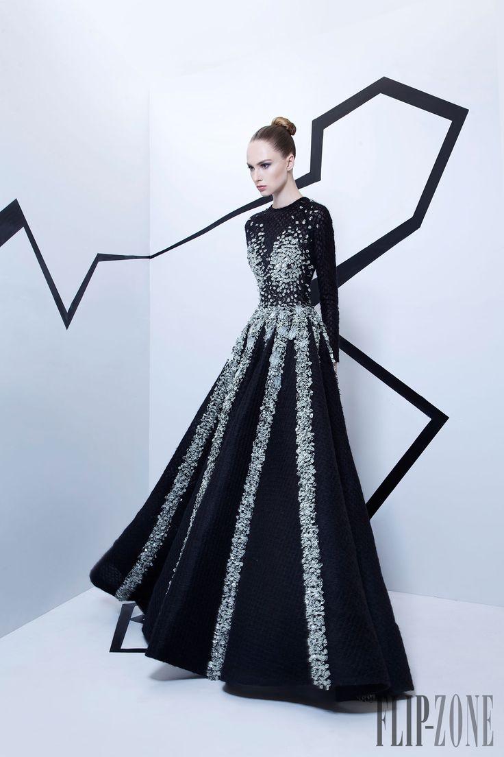Rami Kadi Fall-winter 2015-2016 - Couture - http://www.flip-zone.com/rami-kadi-5742
