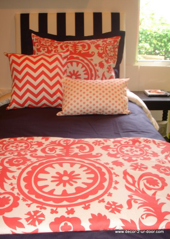i like the idea of finding a throw and some pillows and then use a neutral comforter in case i change themes in my room - LOVE THIS COLOR! <3