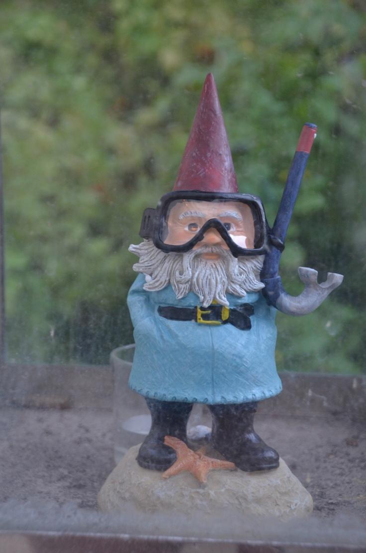 54 best garden gnomes images on Pinterest   Fairies garden, Gnome ...