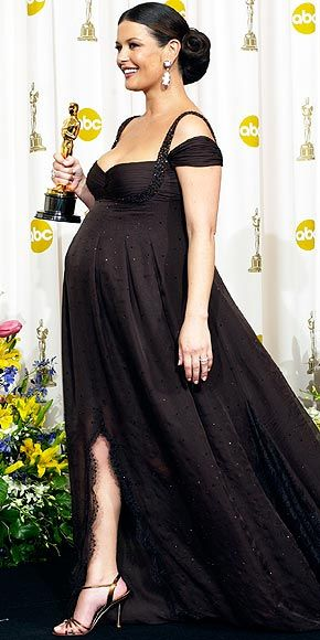 Catherine Zeta Jones in Versace Oscars 2003