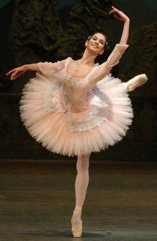 Ballet pink. P E R F E C T. #Ballet_beautie  #sur_les_pointes  * Ballet_beautie, sur_les_pointes *