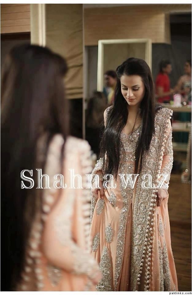 Peach Pakistani style lehengha gorgeous ! I would totally wear this for engagement!