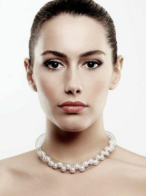 tu.be White Pearls