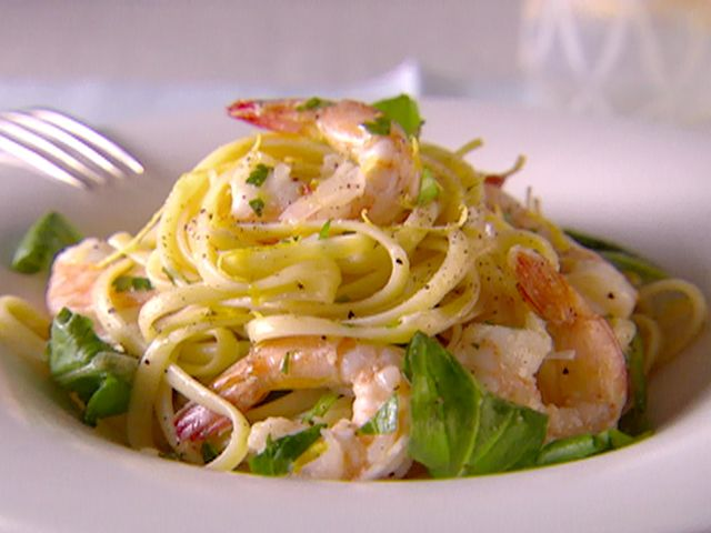 For dinner tonight - A family favorite-  Shrimp and Lemon Oil recipe from Giada De Laurentiis.