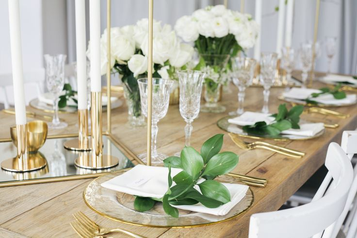 Wedding table inspiration - white and gold styling make for a crisp setting.  Styling: Love2Love Photography: Amy Kate Snaps