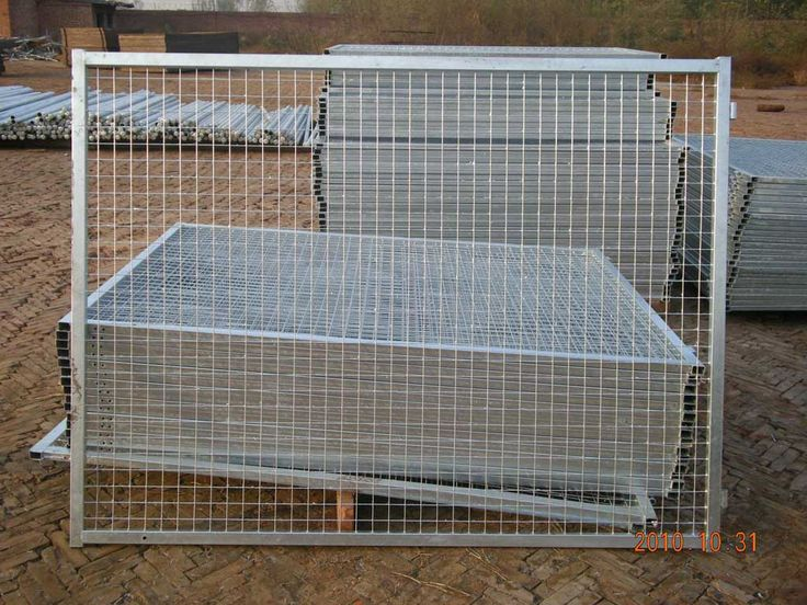 The 25+ best Wire fence panels ideas on Pinterest | Cattle panel ...