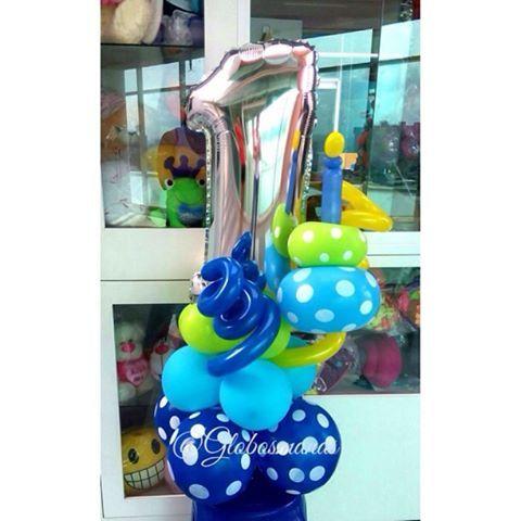 Celebrando su primer mes de nacido 💙👶        🎈🎉. #bebe #nacimiento #fiestas #fiesta #decoración #globos #arreglos #arreglo #amor #pompones #abanicos #pompon #abanico #love #teamo #cumpleaños #columnadeglobos #columnballoons #aniversario  #primeracomunion  #boda #15años #decoracionhabitacion  #balloons #decoracion