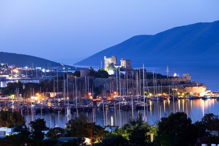As well as beach holidays, #Bodrum makes an excellent base for exploring some of the #historical sites in #Turkey like Ephesus, one of the best preserved ruins in #Europe, or the Bodrum #Castle and harbour. #TravelGuide