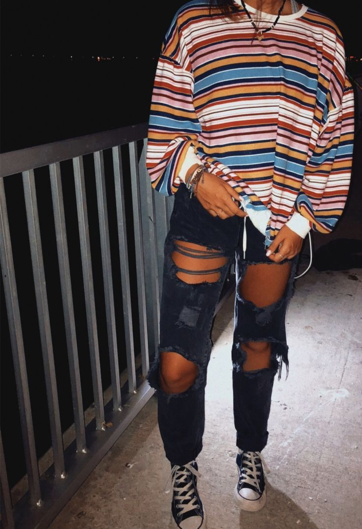 Teen tumblr outfits. Ripped jeans. Tomboy. Skater outfit – #skatergirloutfits…
